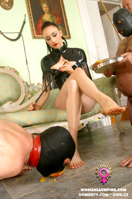 New clip with Lady Mephista
